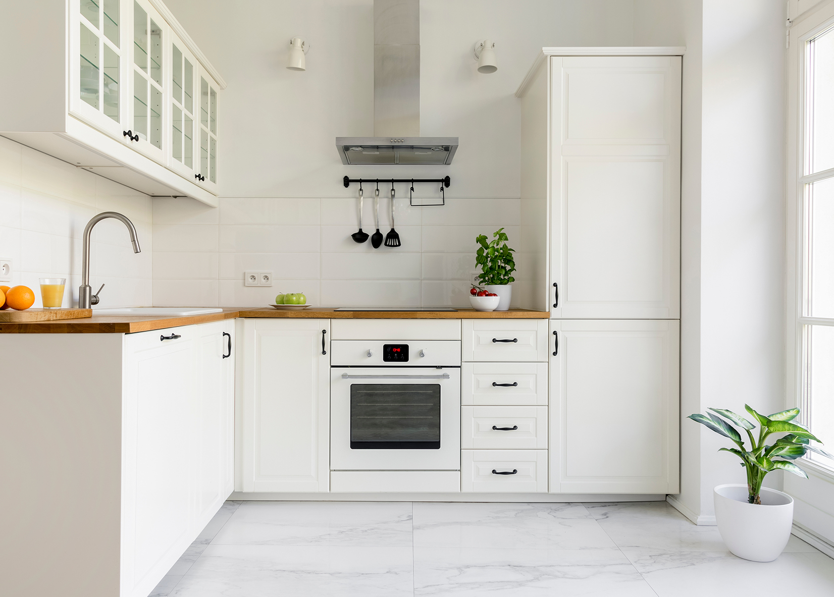 5 Things You Should Not Do To The Stove In Your Kitchen For